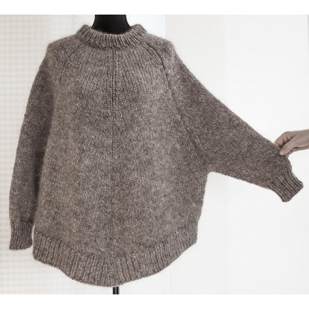 """Arvingen"" ponchosweater"